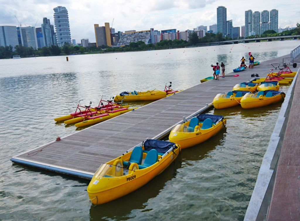 5 Places to Kayak and Soak Up the Sun in Singapore