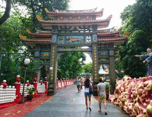 """13 Statues at Haw Par Villa that will make you go """"…… What?"""""""